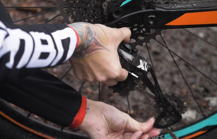 натягивание цепи на многоскоростных велосипедах